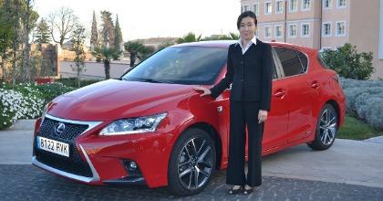Chika Kako ingegnere donna Lexus