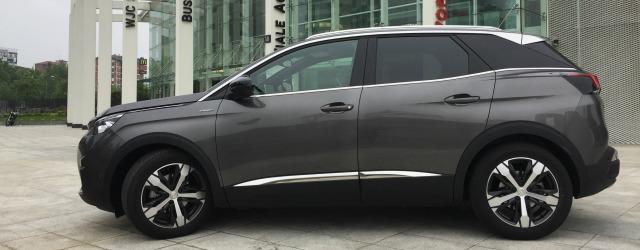 Esterni prova nuovo Peugeot 3008