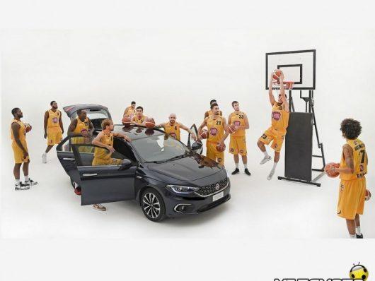 Fiat Torino Mannequin challenge basket