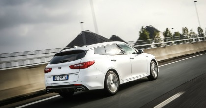 Gamma Kia Optima 2016 Sportswagon in azione
