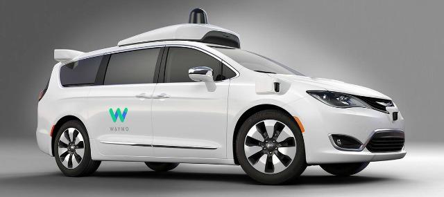 Guida autonoma FCA, le Chrysler Pacifica fornite a Google