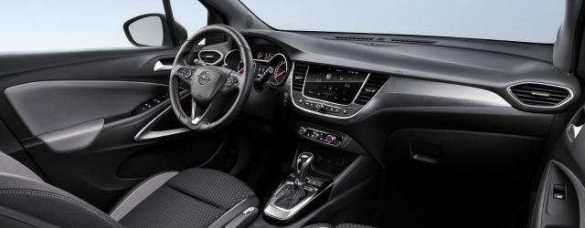 Interni nuova Opel Crossland X 2017