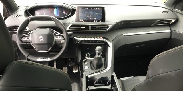 Interni prova nuovo Peugeot 3008