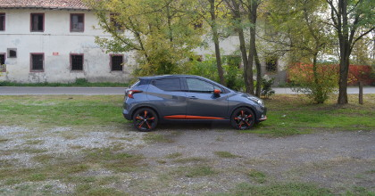 Nissan Micra Tekna profilo