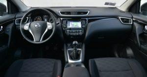 Nissan Qashqai 2016 abitacolo