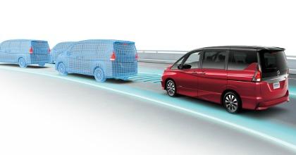 Nissan Serena guida autonoma