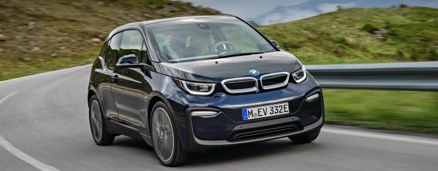 Nuova BMW i3 su strada