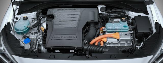 Nuova Hyundai Ioniq Plug-in Hybrid 2017 motore