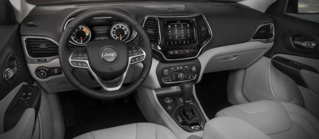 Nuova Jeep Cherokee 2018 abitacolo