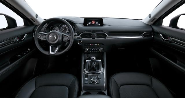 Nuova Mazda CX-5 abitacolo