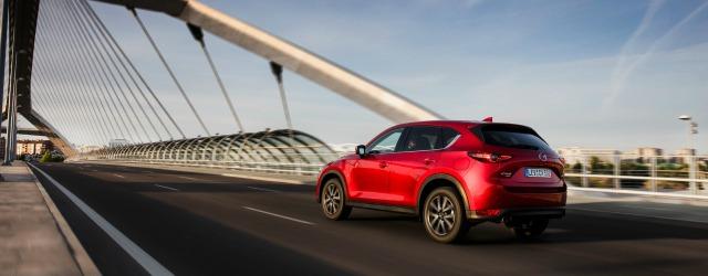 Nuova Mazda CX-5 dinamica