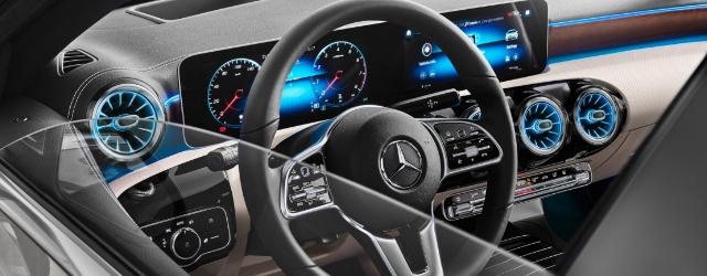 Nuova Mercedes Classe A Berlina 3 volumi dettaglio