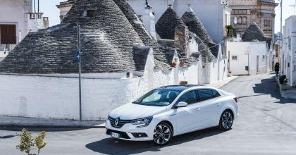 Nuova Renault Mégane Grand Coupé 2017 bianca