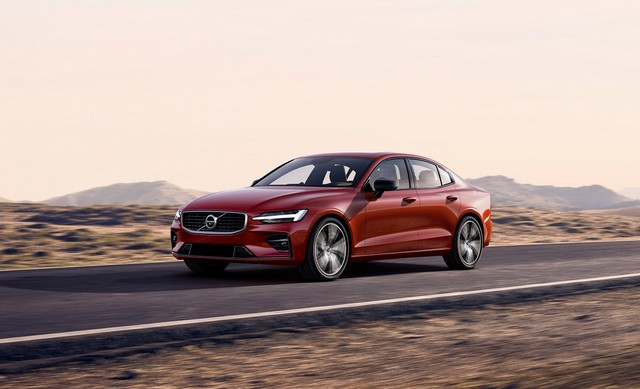 Nuova Volvo S60 R-design berlina