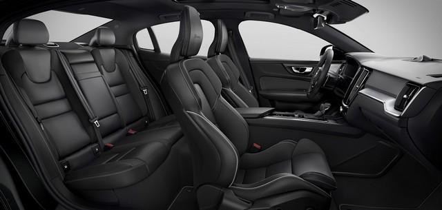 Abitacolo di nuova Volvo S60