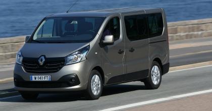 uovo Renault Trafic Passenger 2015