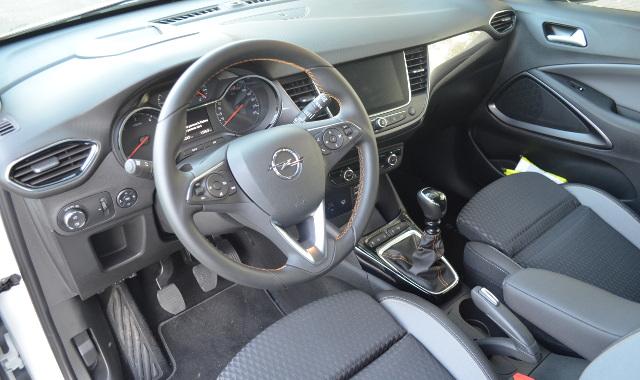 Opel Crossland X plancia