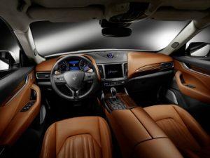 Prova Maserati Levante 2016 abitacolo