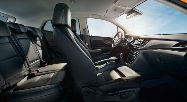 Prova nuova Opel Mokka X interni