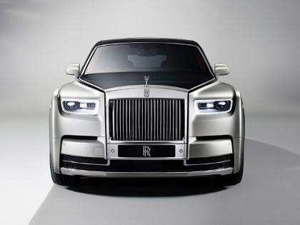 Rolls-Royce-Phantom-2018-design-frontale