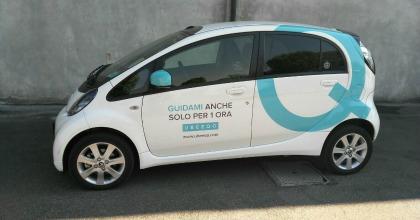 Sicurezza bambini in auto car sharing