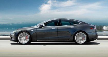 Tesla leasing Italia