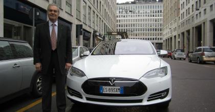 Tesla Model S: berlina elettrica