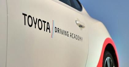 Scuola guida Toyota