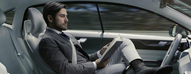 Volvo guida autonoma 2016