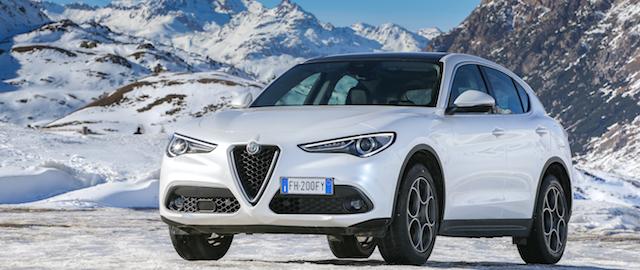 Alfa Romeo Stelvio tra le candidate all'Auto dell'anno 2018