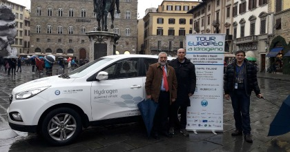 auto a idrogeno tour Hyundai ix35 Fuel Cell