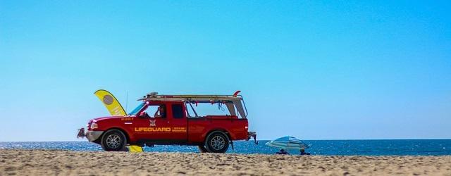 Auto in spiaggia