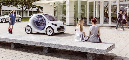 Una prefigurazione del car sharing a guida autonoma con il concept di Smart per car2go