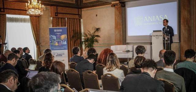 conferenza Rapporto Aniasa 2017