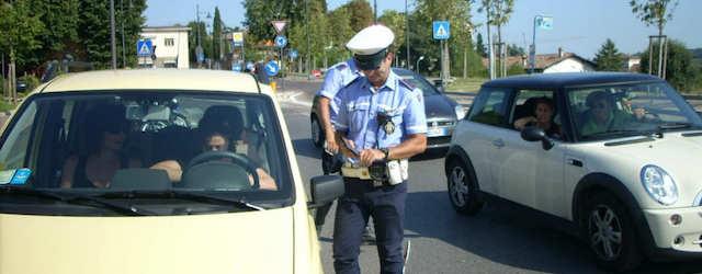 Un controllo da parte della Polizia Stradale