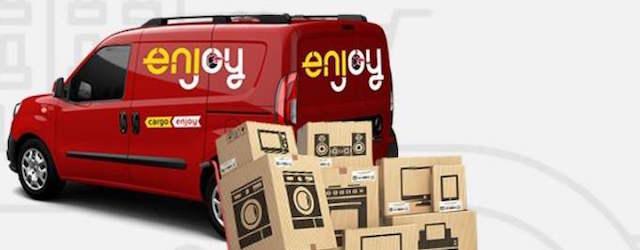 Uno dei Fiat Doblò Cargo del servizio di van sharing Enjoy Cargo