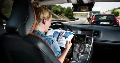 Livelli guida autonoma auto