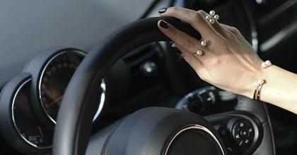 generica donne alla guida