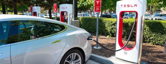 valori residui auto elettriche Tesla