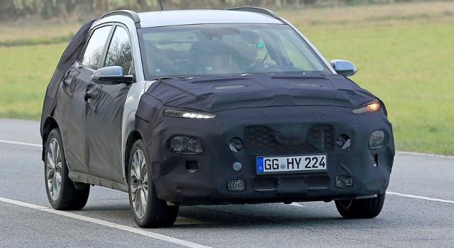 Frontale camuffato della Hyundai Kona EV