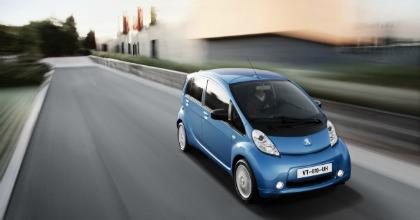 La iOn, vettura elettrica di Peugeot