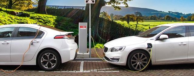 auto elettriche ibride