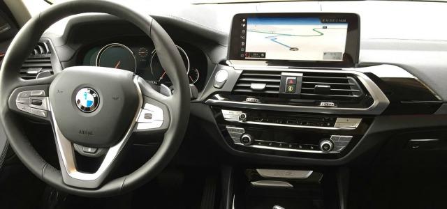 interni nuova BMW X3