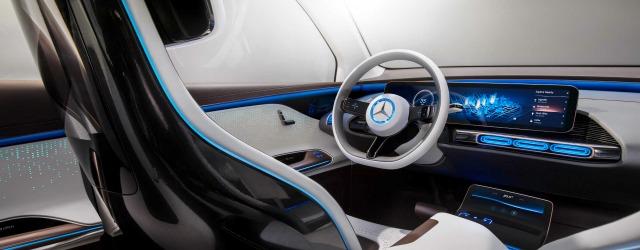interni nuova Mercedes EQC 2019