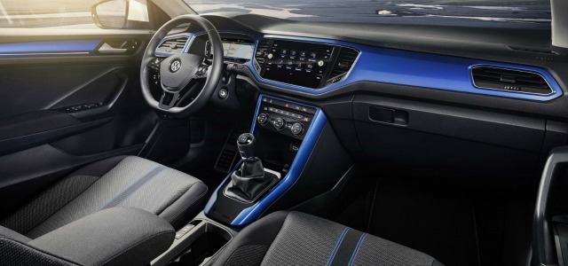 interni nuova Volkswagen T-Roc 2018
