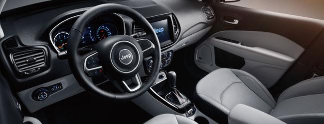 Gli interni della nuova Jeep Compass 2017
