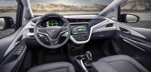 interni nuova Opel Ampera-e