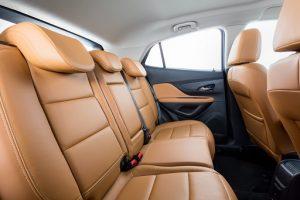 Gli interni della nuova Opel Mokka X 2016