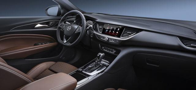 Interni Opel Insignia 2017