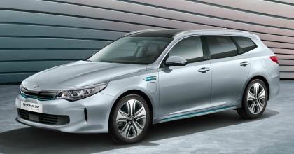 Auto ibride Kia lancio nuova Optima Sportswagon Plug-in Hybrid 2017